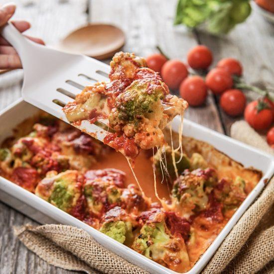 cavolfiore-al-forno-light-con-pomodoro-mozzarella