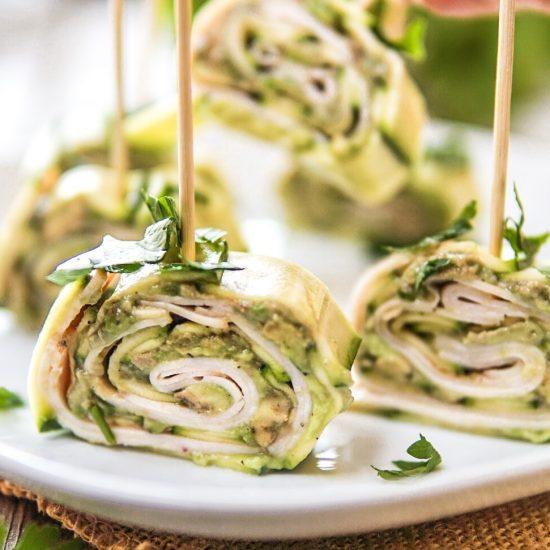 Ricetta girelle di zucchine, avocado e fesa